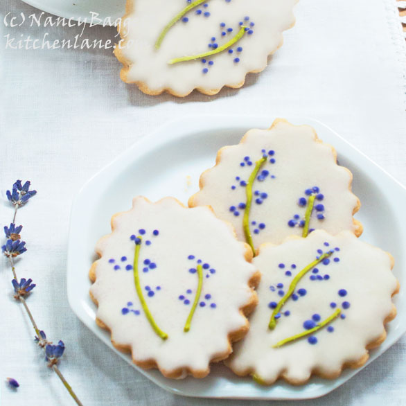 Photographs of Beautiful Lavender Farms, + Pretty Lavender Cookies