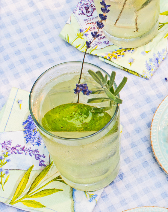 Easy Lavender Limeade or Lemonade– Fab Hot Weather Thirstquencher